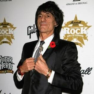 O guitarrista Ron Wood