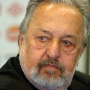 Presidente ironiza ex-diretor do Santos