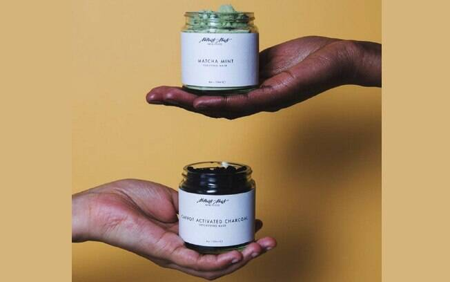 Menos Mas: the Gender-Fluid Clean Beauty Brand!