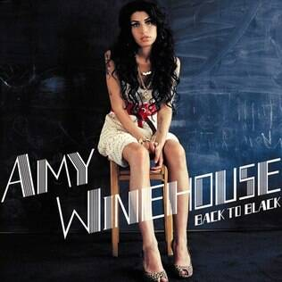 "Amy na capa do álbum ""Back to Black"""