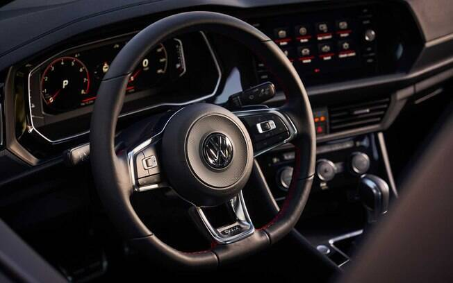 Interior do VW Jetta GLI