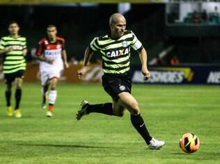 Alex deve retornar ao time do Coritiba