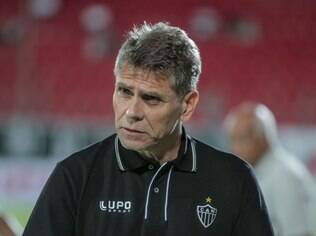 Paulo Autuori, técnico do Atlético-MG