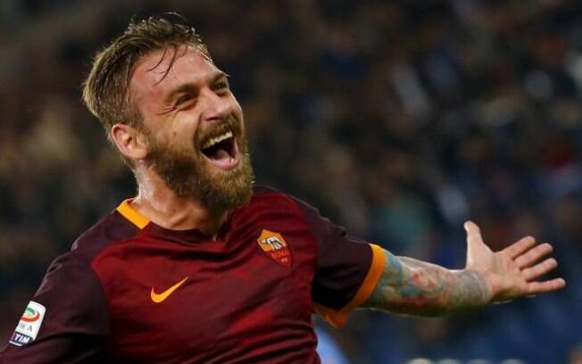 De Rossi, volante do Roma