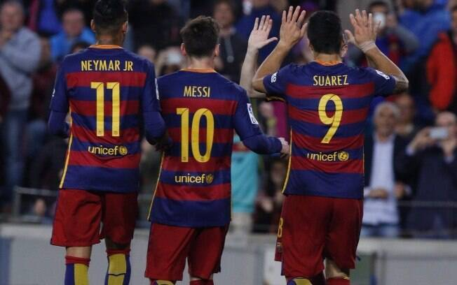 Neymar, Messi e Suárez em partida do Barcelona