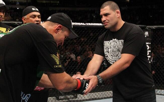 Junior Cigano e Cain Velásquez farão a estreia do UFC na TV Globo e na FOX
