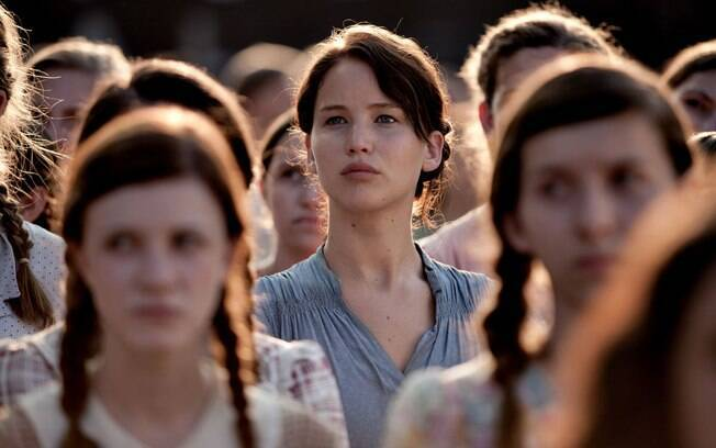 Jennifer Lawrence viveu Katniss Everdeen na saga